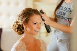 Come si sceglie l'acconciatura da sposa