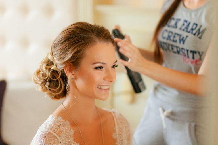 Come si sceglie l'acconciatura da sposa?