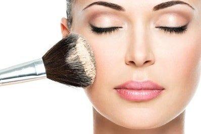 base-trucco-make-up-naturale.jpg