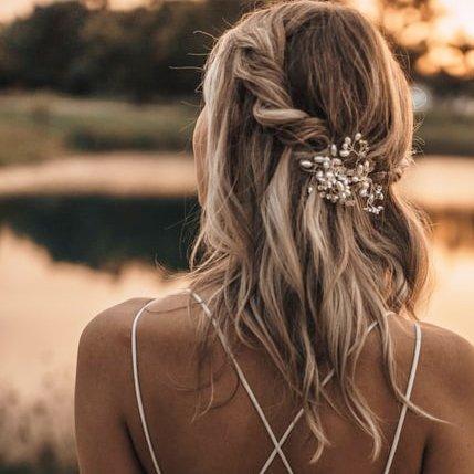 semiraccolto sposa